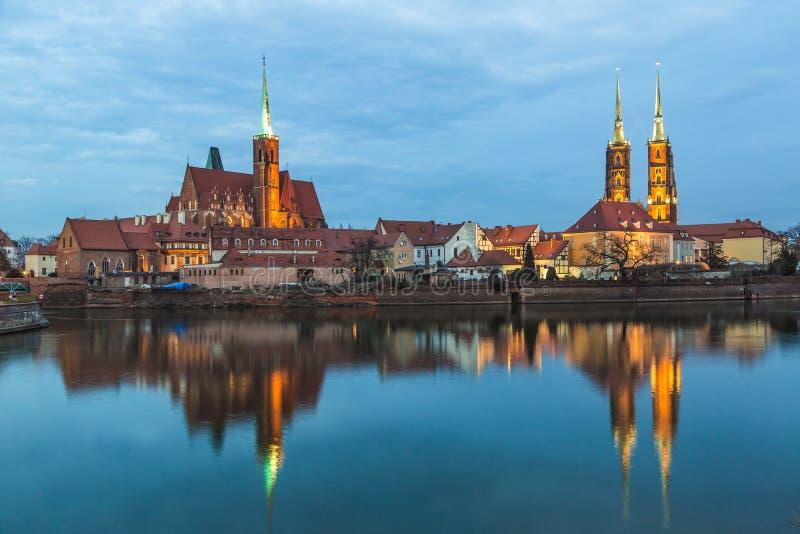 Kathedraaleiland in de avond Wroclaw, Polen royalty-vrije stock afbeelding