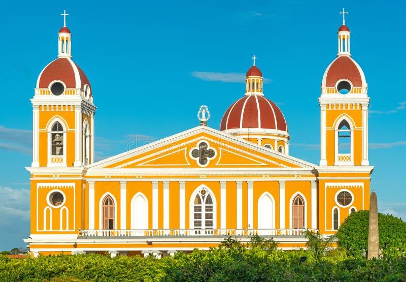 Kathedraalvoorgevel van Granada bij Zonsondergang, Nicaragua stock afbeeldingen