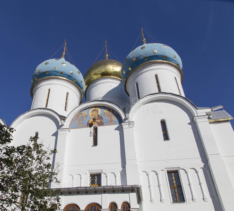 Kathedrale der Jungfrau Maria in Sam-sergei Abtei, Russische Föderation lizenzfreie stockfotos