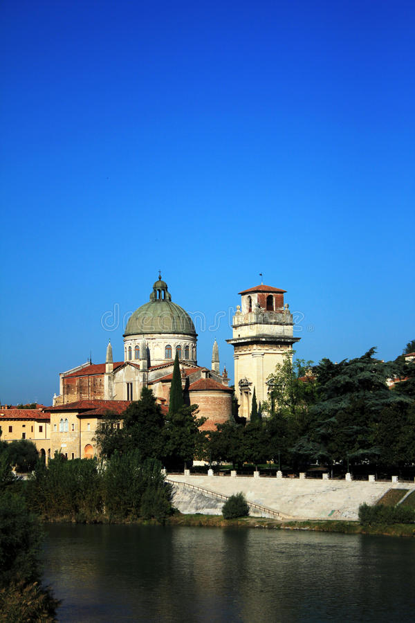 Kathedrale-Haube in Verona, Italien stockfotografie
