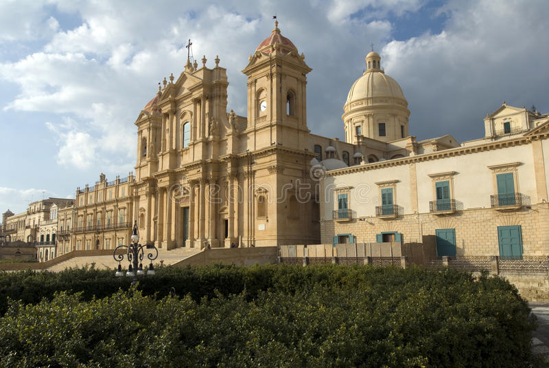 Kathedrale in Noto, Sizilien stockbilder