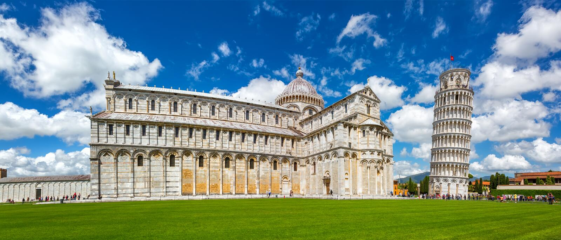 Kathedrale und der lehnende Turm in Pisa stockbild