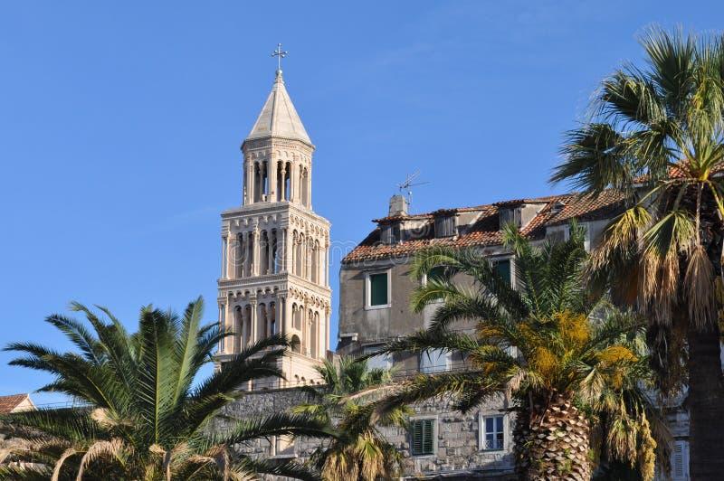Kathedrale von Heiliges Domnius-Spalte, Kroatien stockfotografie
