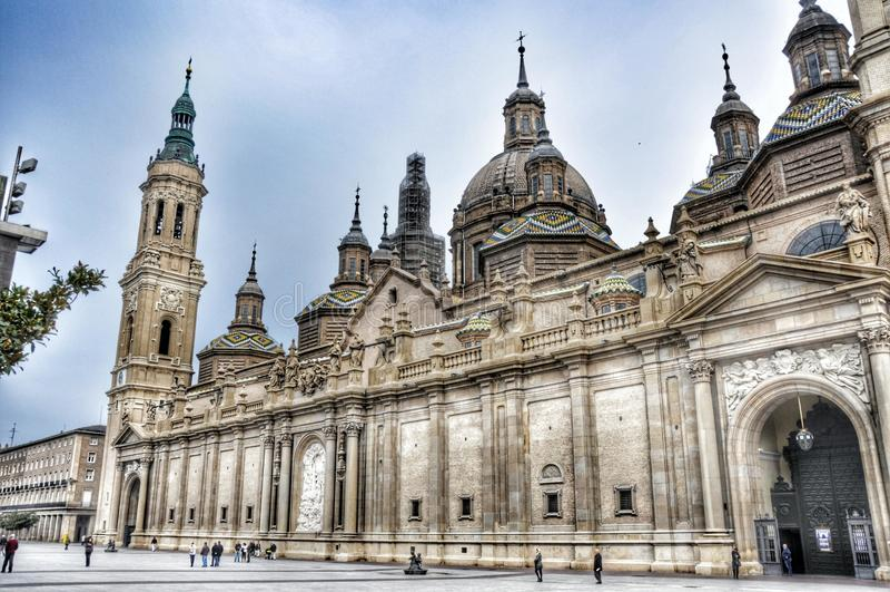 Kathedrale von Zaragosa stockbilder