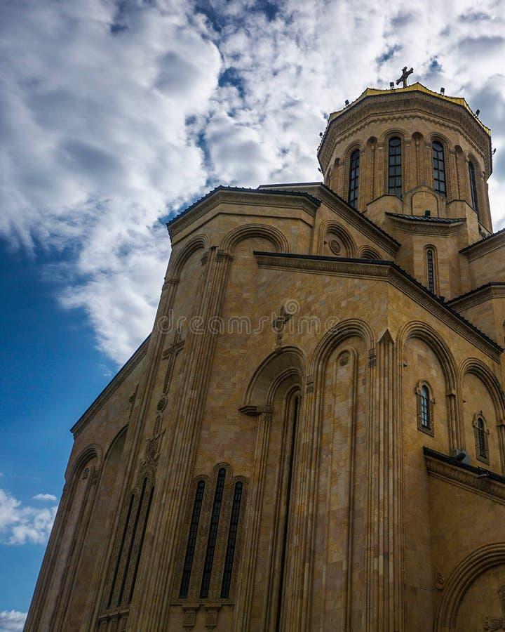 Kathedralen-hintere Ansicht Tifliss Sameba stockfotos