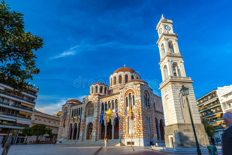 Kathedralen-Kirche von Sankt Nikolaus, Volos, Griechenland - April 2017 lizenzfreie stockfotos