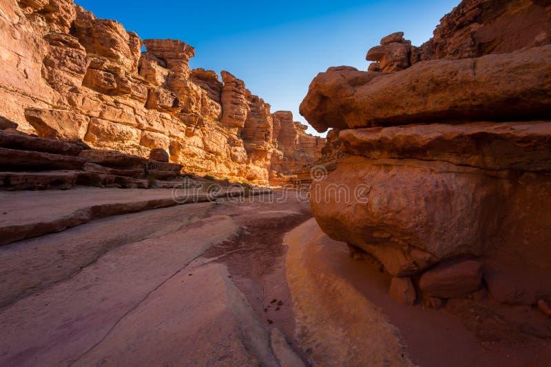 Kathedralen-Wäsche-Spur in Arizona lizenzfreies stockbild