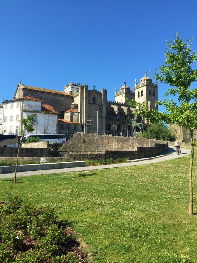Kathedralenansicht S Porto Portugal stockfotografie