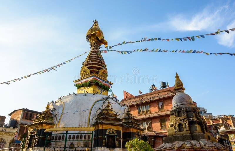 KatheSimbhu Stupa en Katmandu, Nepal imagenes de archivo