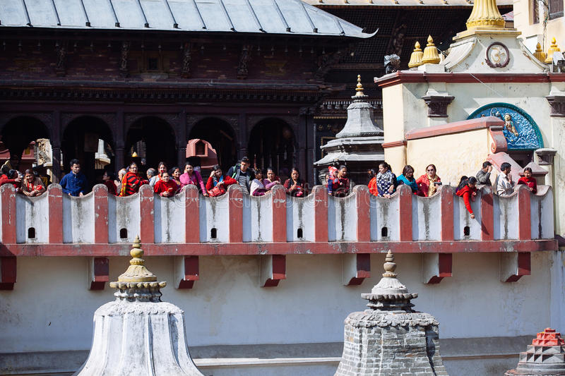 KATHMANDU, NEPAL-FEBRUARY 7, 2017: Hindu ritual of cremation in royalty free stock photos