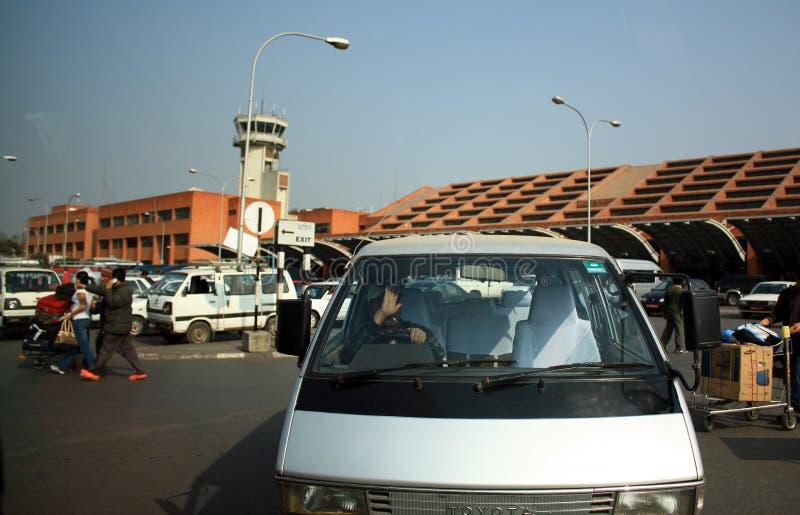 KATHMANDU NEPAL, Styczeń, - 22: Tribhuvan lotnisko międzynarodowe, Lokalizować w Kathmandu dolinie wokoło 5 kilometrów obraz stock