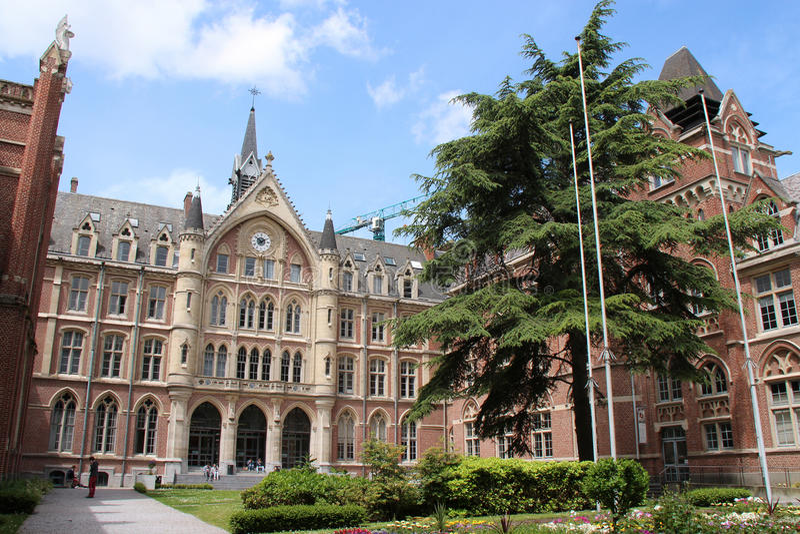 Katholische Universität - Lille - Frankreich (2) stockfotos