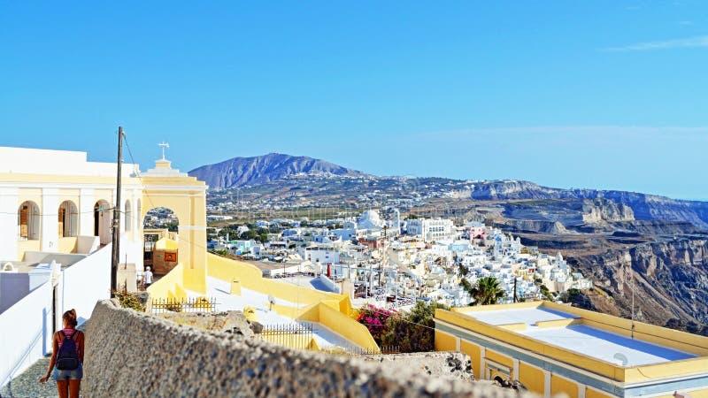 Katholisches Kathedrale Santorini-Inselpanorama Griechenland lizenzfreie stockfotos
