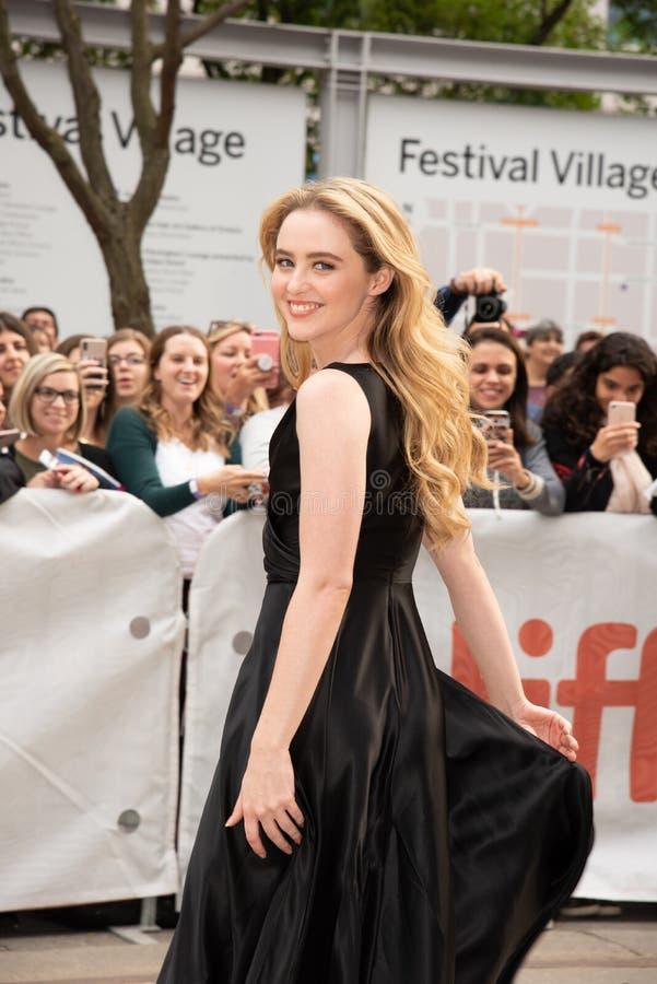 Kathryn Newton en la premier de Ben está detrás en festival de cine del International de Toronto fotos de archivo