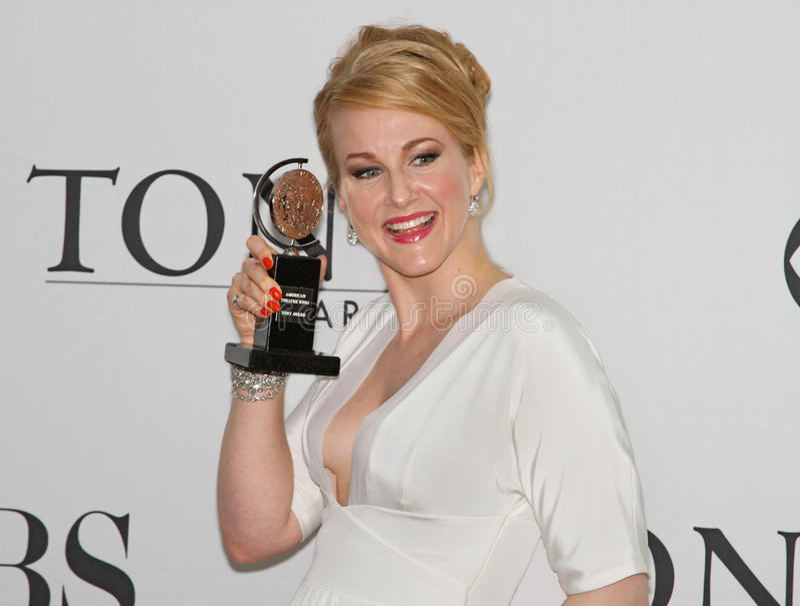 Katie Finneran Wins em 64th Tony Awards em 2010 fotografia de stock royalty free
