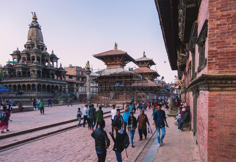 Katmandu, Nepal - oct 26,2018: El templo de Patan, cuadrado de Patan Durbar se sitúa en el centro de Lalitpur, Nepal Es uno de fotografía de archivo libre de regalías
