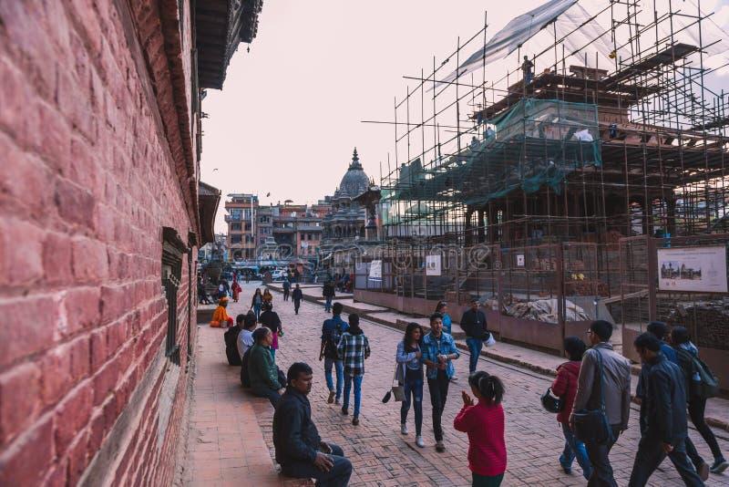Katmandu Nepal - Oktober 26,2018: Den Patan templet, den Patan Durbar fyrkanten placeras på mitten av Lalitpur, Nepal Det är ett  royaltyfri bild
