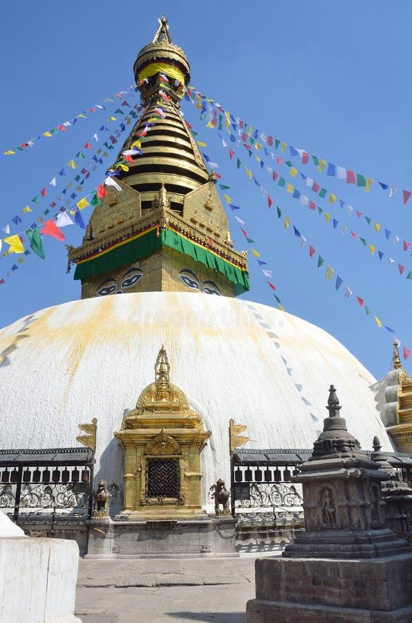 Download Katmandu, Nepal, Stupa De Swayambhunath Foto de archivo - Imagen de rezo, azul: 64205338