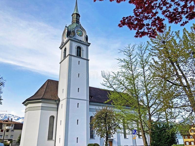 Katolsk kyrka av St Jerome i Vitznau eller Katholische Kirche St Hieronymus fotografering för bildbyråer