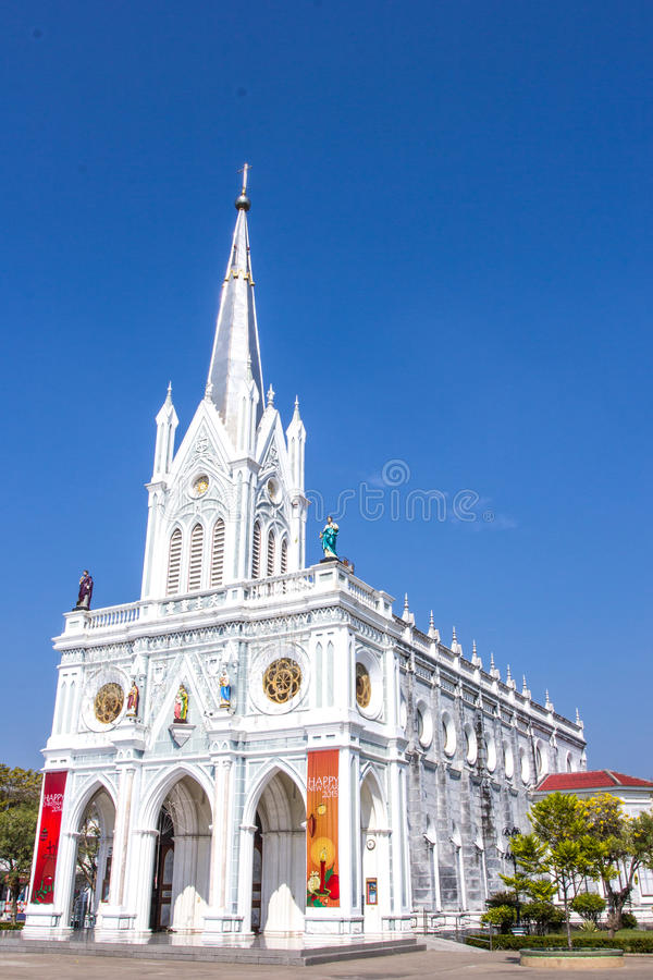 Katolsk kyrka på Samut Songkhram, Thailand royaltyfri bild