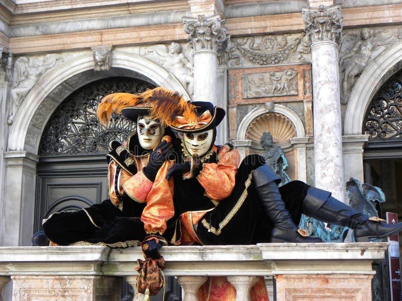 Kattenmaskers, Carnaval van Venetië stock foto's