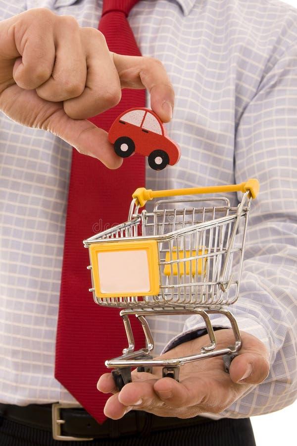Kaufen Sie ein Auto lizenzfreie stockfotografie