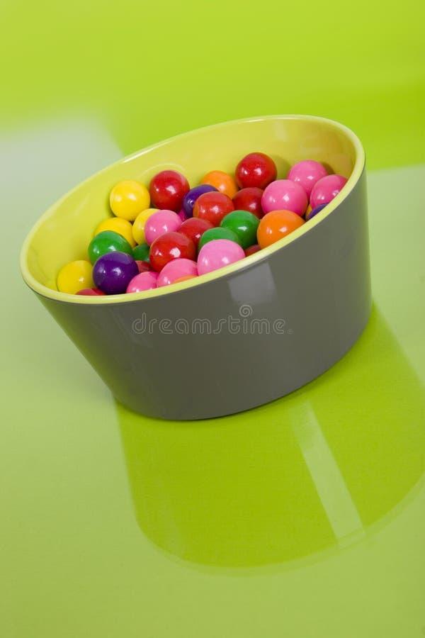 Kaugummi in einem Teller lizenzfreies stockbild