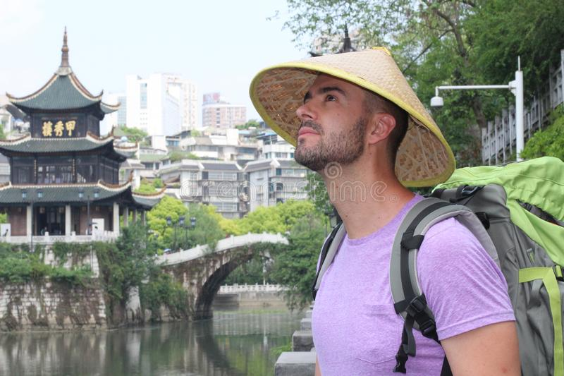 Kaukasische toerist in Guyiang, China royalty-vrije stock afbeelding