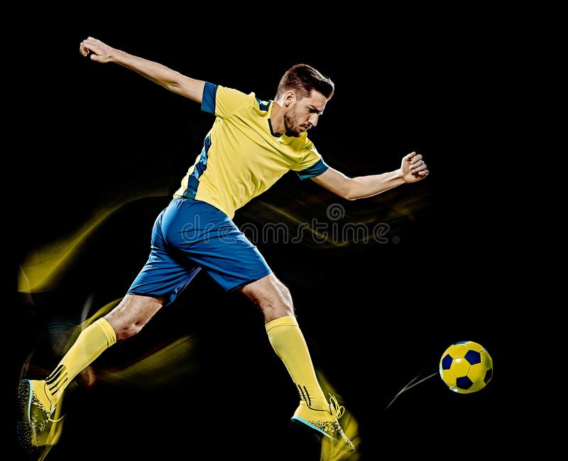 Kaukaski gracz piłki nożnej mężczyzna odizolowywał czarnego tła światła obraz obrazy royalty free