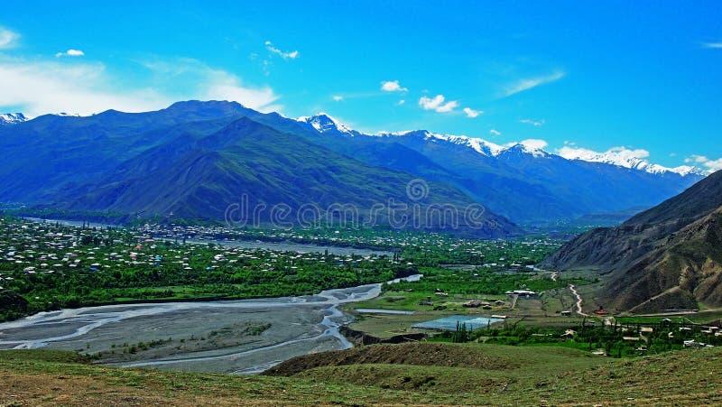Kaukasus berg, Akhtynsky område av Dagestan royaltyfria foton