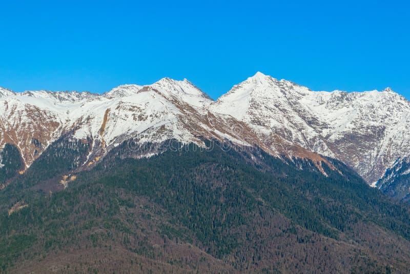 Kaukasus berg, Krasnaya Polyana, Rosa Hutor, Ryssland royaltyfria bilder