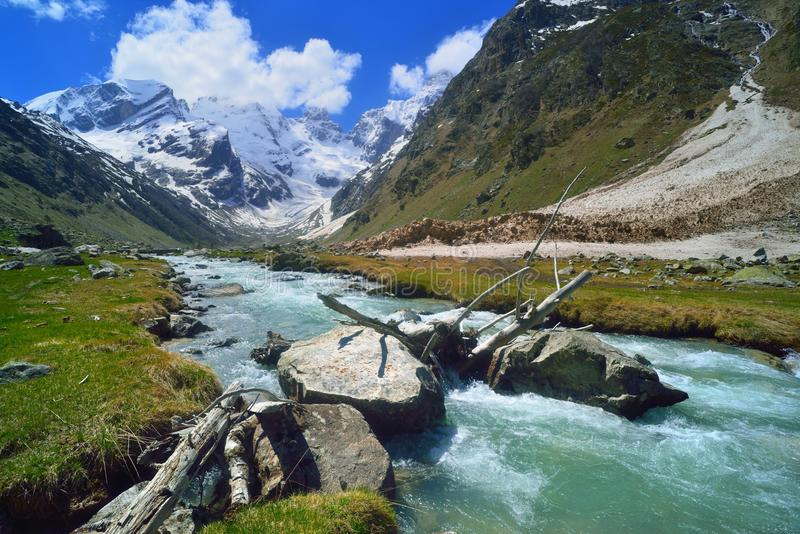 Kaukasus landskap royaltyfria bilder