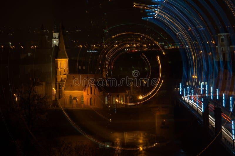 Kaunas stary miasteczko przy nocą fotografia royalty free
