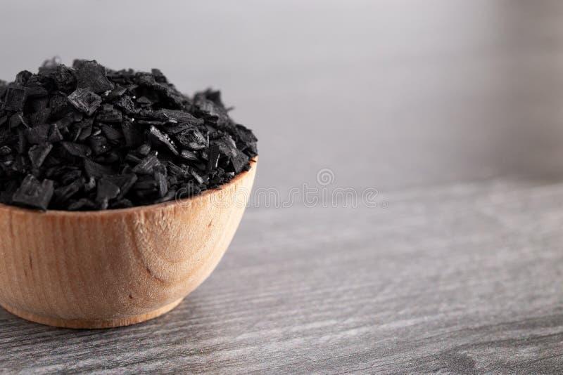 Kawałki Aktywowany węgiel drzewny Cudowna substancja z Wiele Bajecznie Używa fotografia stock