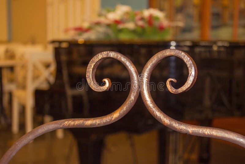 Kawałek robić dokonany żelazo meble zdjęcie royalty free