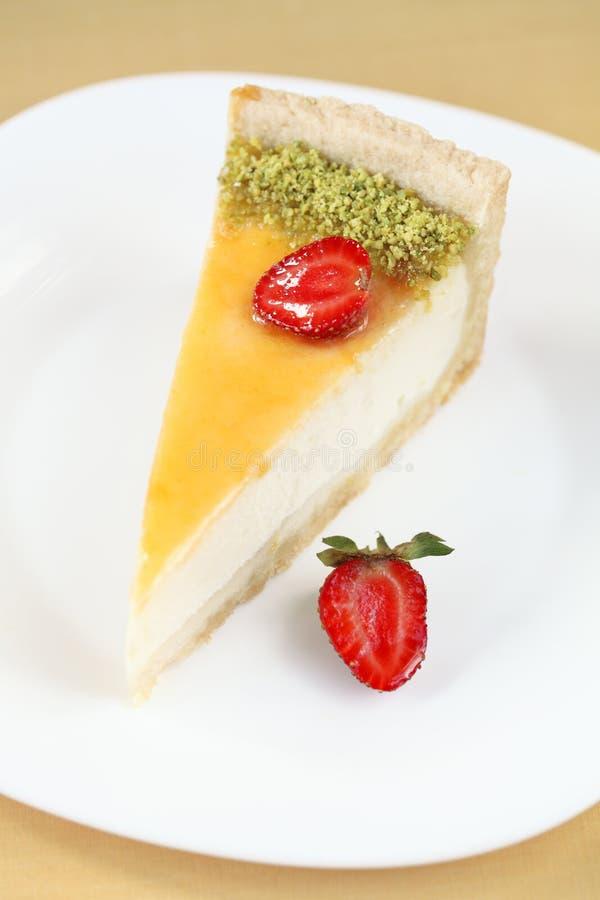 Kawałek Waniliowy Cheesecake z truskawkami zdjęcia royalty free