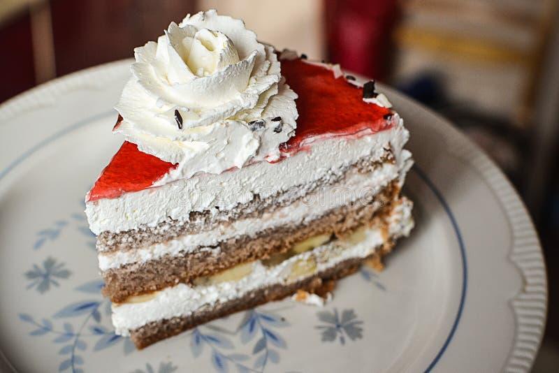 Kawałek wyśmienicie tort obrazy royalty free