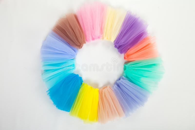 Kawałki barwiona panwiowa tiulowa tkanina, składający w pierścionek na widok zdjęcia royalty free