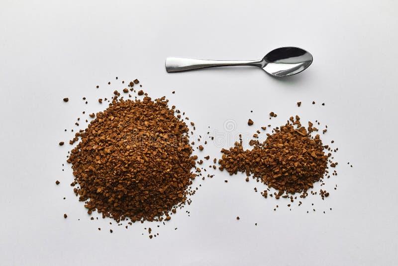 Kawa Łyżka z natychmiastową kawą, cutlery, śniadanie, suchy aromatyczny napój obrazy royalty free