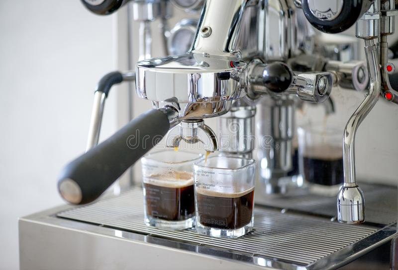 Kawa espresso od kawowej maszyny obraz stock