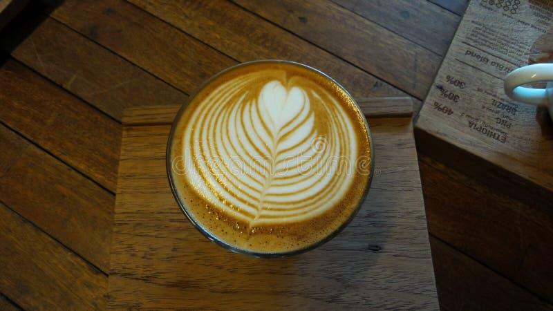 Kawa, Latte sztuka obrazy royalty free