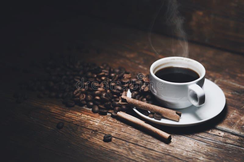 Kawa na stole obraz stock