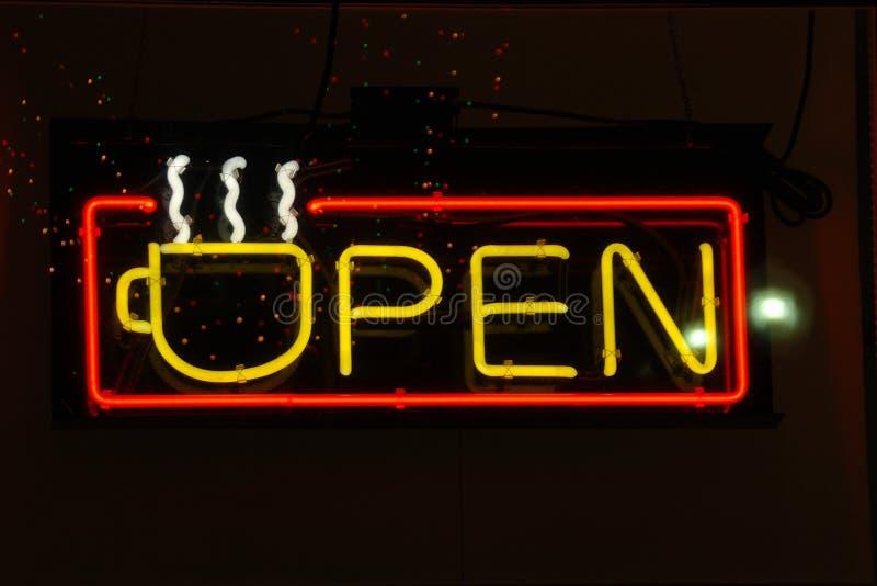 kawa neon otwarte żółty obrazy stock