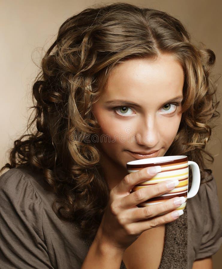 kawa target4760_0_ ładnej kobiety obrazy stock