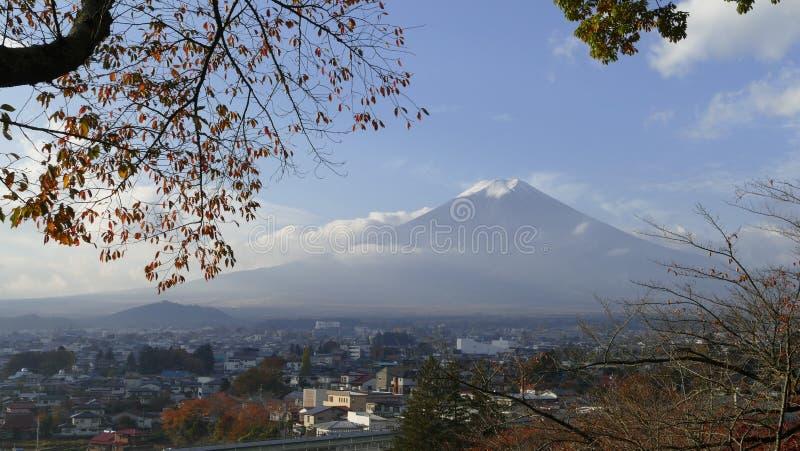 Kawaguchiko härligt nedgånglandskap och bakgrund, Japan royaltyfri foto