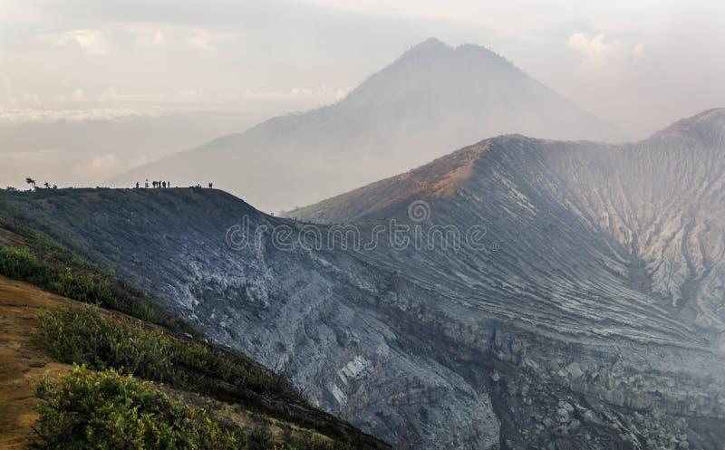 Kawah ijen el volcán fotos de archivo