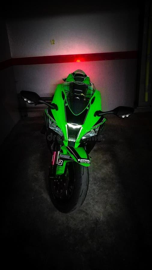 Kawasaki zx10r 2017 royaltyfri fotografi