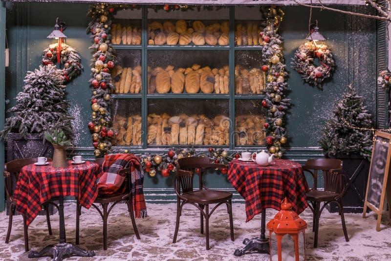 Kawiarnia piekarska zima i śnieg obrazy royalty free