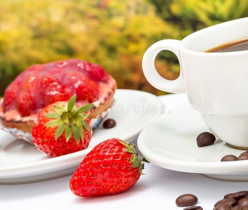 Kawowa tarta pustynia Znaczy Truskawkowego kulebiaka I Decaf obrazy stock