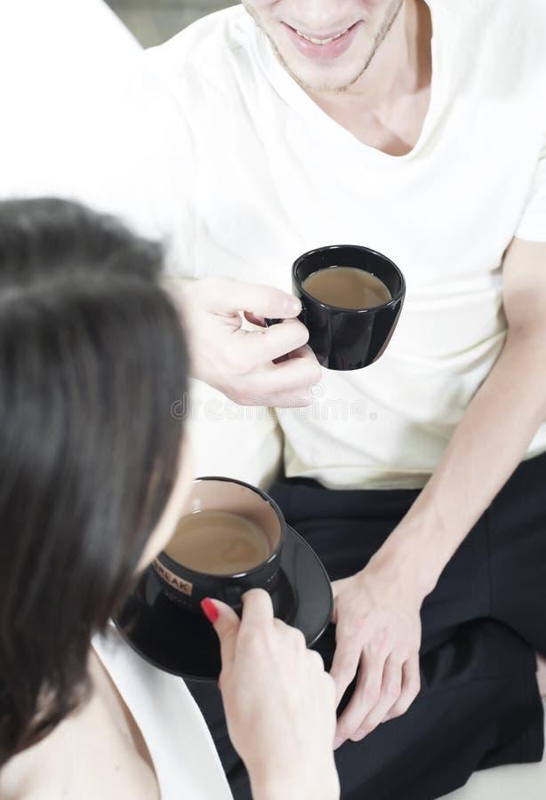 kawowy pary filiżanki udzielenie obrazy stock